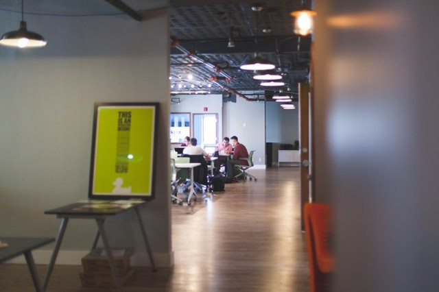How to Get the Best of Collaborative and Closed Office Space